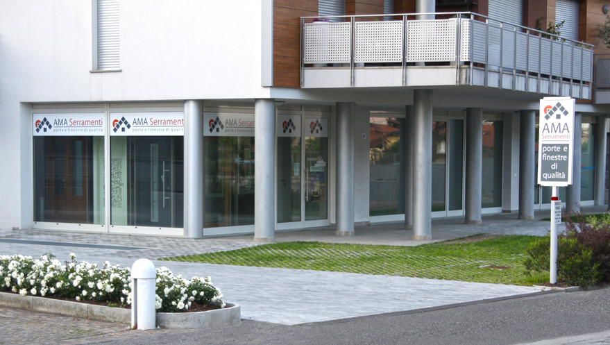 Infissi brescia porte interne brescia serramenti prezzi for Serramenti in pvc brescia prezzi